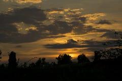 Заход солнца над городом Стоковое фото RF