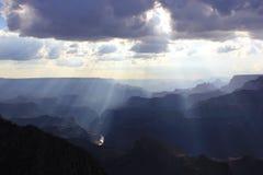 Заход солнца над грандиозным каньоном, США Стоковое Фото