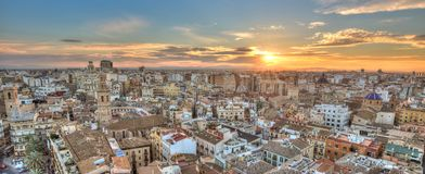 Заход солнца над историческим центром Валенсии, Испанией стоковые фотографии rf