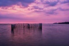 заход солнца над морем на Bangpu стоковое изображение