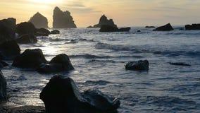 Заход солнца над морским побережьем Tasman сток-видео