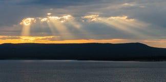 Заход солнца над озером Йеллоустоном Стоковые Фото