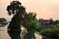 Заход солнца над перепадом Меконга стоковые фото