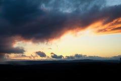 Заход солнца на дождливый день на Портленде стоковые изображения