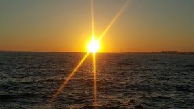 Заход солнца на клине в пляже Калифорния Ньюпорта стоковая фотография rf