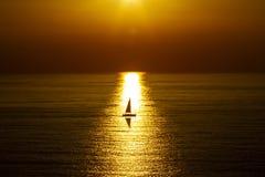 Заход солнца на открытом море