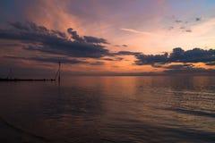 Заход солнца на пляже в Hunstanton, Норфолке, Великобритании стоковое изображение rf