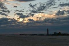 Заход солнца на пляже Джонса в Лонг-Айленд, NY стоковые изображения rf