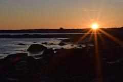 Заход солнца на пляже Солсбери стоковые изображения
