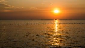 Заход солнца на пляже Стоковые Фотографии RF