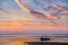 Заход солнца на пляжном комплексе Lakawon, Кадис, жителе Запада Negros, Phlipp стоковое изображение rf