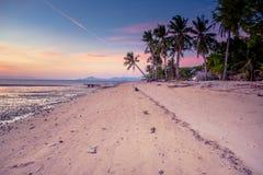 Заход солнца на пляжном комплексе Lakawon, Кадис, жителе Запада Negros, Phlipp стоковые фотографии rf