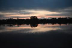 Заход солнца на Реке Сава стоковые фото