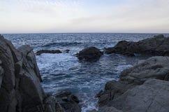 Заход солнца на среднеземноморском побережье Стоковая Фотография