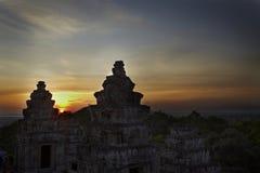 Заход солнца на Angkor Wat Стоковая Фотография