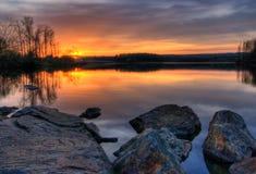 заход солнца озера камер Стоковое Изображение