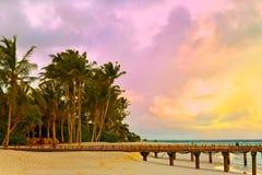 заход солнца океана Мальдивов острова Стоковое Фото