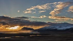 Заход солнца осени над исландским вулканом Стоковое Изображение RF