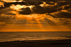 заход солнца острова медового месяца Стоковое фото RF