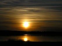 заход солнца отражения Стоковая Фотография RF