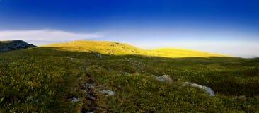 заход солнца панорамы горы ландшафта Стоковая Фотография