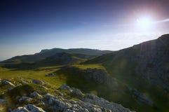 заход солнца панорамы горы ландшафта Стоковые Изображения RF