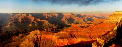 заход солнца панорамы каньона грандиозный Стоковая Фотография