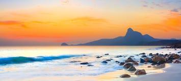 заход солнца панорамы стоковое изображение rf