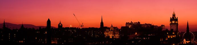 заход солнца панорамы edinburgh Стоковые Изображения RF