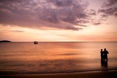 заход солнца пар романтичный Стоковые Фотографии RF