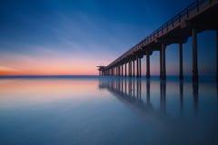 Заход солнца пляжа Калифорнии на La Jolla, Сан-Диего Стоковое Фото
