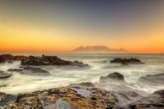 Заход солнца пляжа Южной Африки Кейптауна Стоковые Фотографии RF