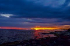 Заход солнца покрашенный темнотой Стоковое Изображение RF
