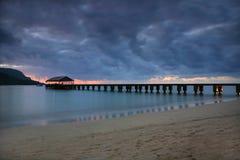 заход солнца пристани Гавайских островов спокойный Стоковые Изображения