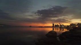 Заход солнца промежутка времени над морем на Izmir, Турции акции видеоматериалы