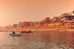 заход солнца реки ganges Индии Стоковые Изображения RF