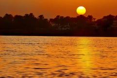 заход солнца реки neil стоковое изображение rf