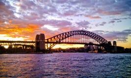 заход солнца Сидней гавани моста Стоковое Изображение RF