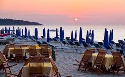 заход солнца Сицилии пляжа стоковое изображение rf
