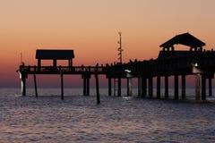 заход солнца 60 пристаней стоковая фотография rf