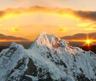заход солнца alpamayo пиковый Стоковая Фотография
