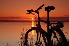заход солнца bike стоковые фото