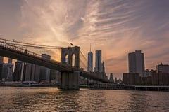 заход солнца brooklyn моста Стоковое Фото