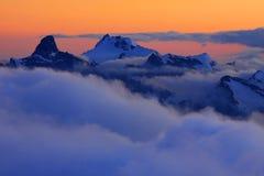 заход солнца caucasus Стоковые Изображения