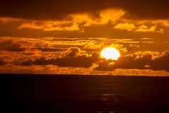 заход солнца cornwall стоковые фотографии rf