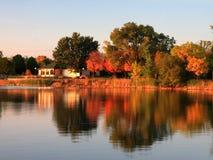 заход солнца minneapolis озера стоковое изображение