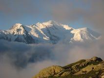 заход солнца mont blanc стоковое изображение rf