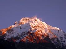 заход солнца nep Гималаев славный пиковый Стоковые Изображения RF