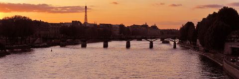заход солнца paris Стоковые Фото