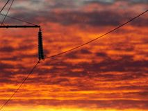 Заход солнца/Powerlines лавы стоковое изображение rf